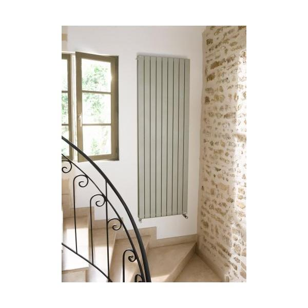 radiateur mural acova latest radiateur eau chaude acova fassane vertical with radiateur mural. Black Bedroom Furniture Sets. Home Design Ideas