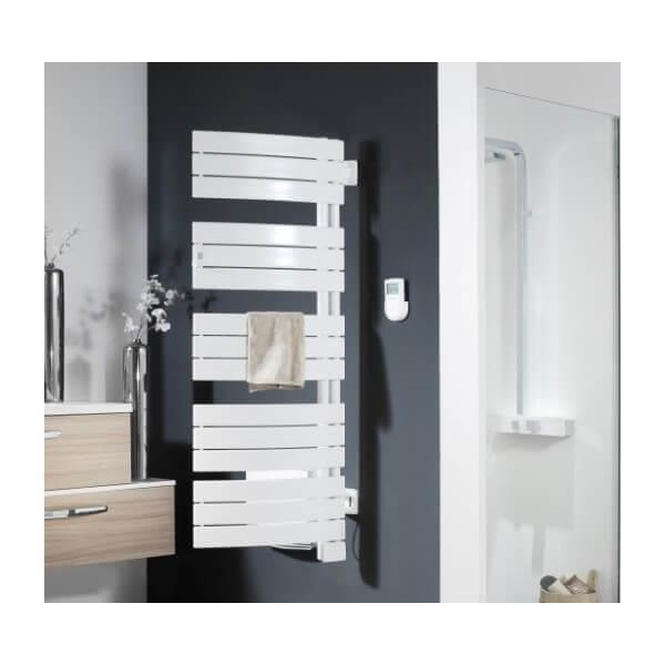 mini seche serviette porte with mini seche serviette simple accessoires de salle de bain. Black Bedroom Furniture Sets. Home Design Ideas